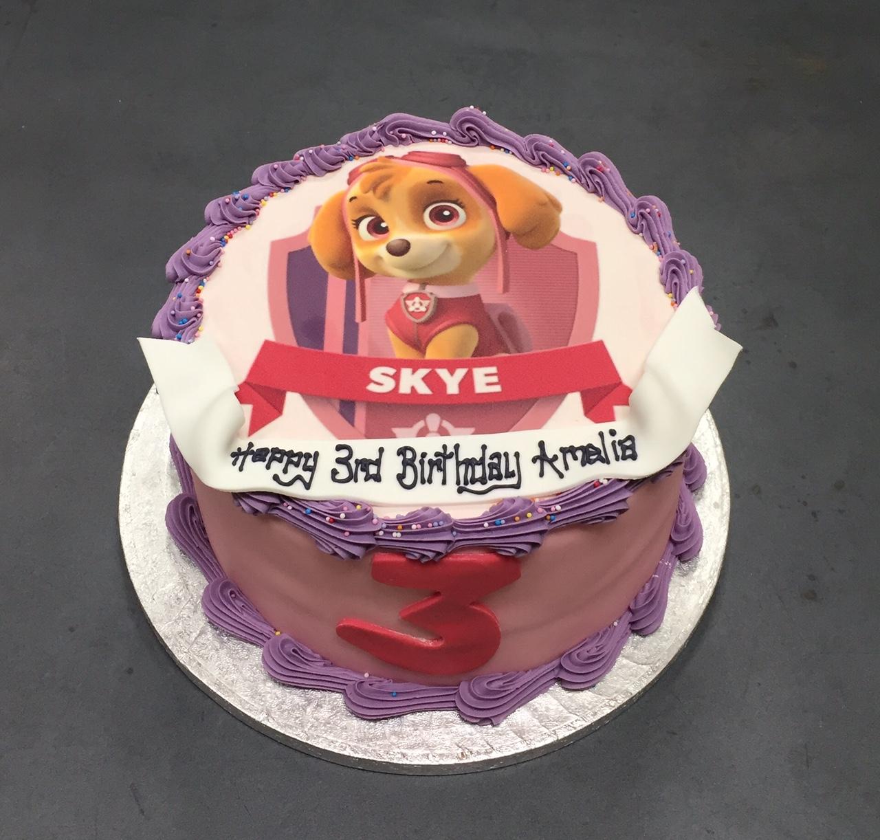 Bánh sinh nhật chú chó Skye