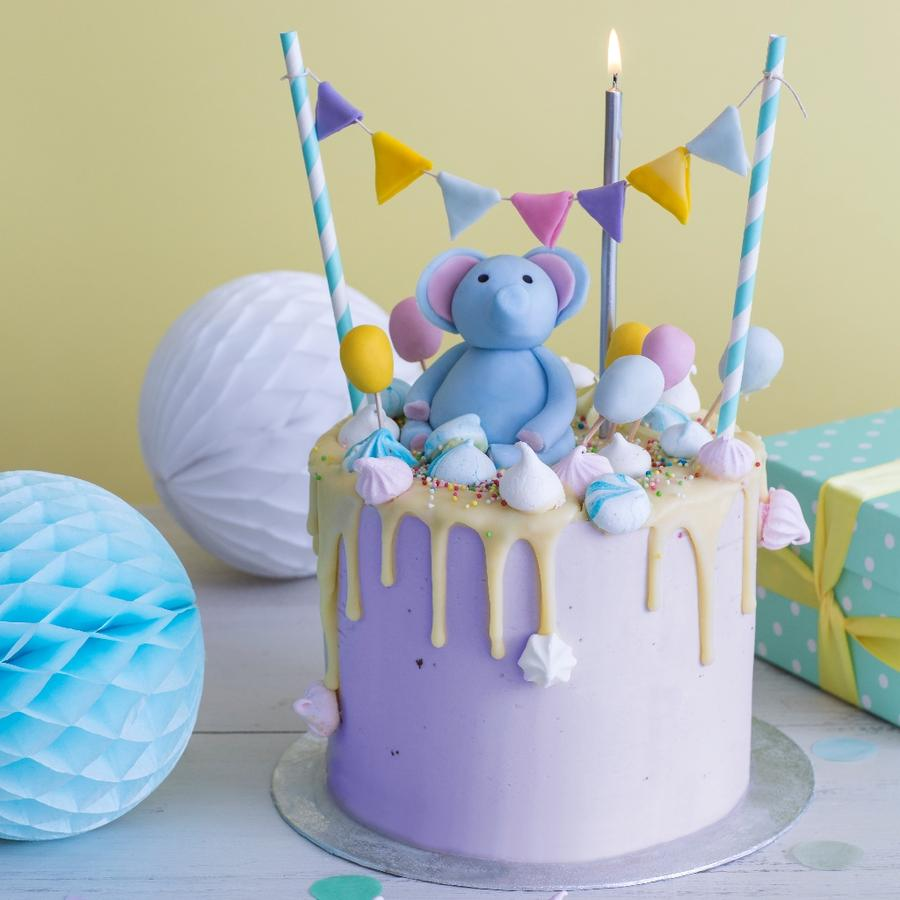 Bánh sinh nhật chú voi con