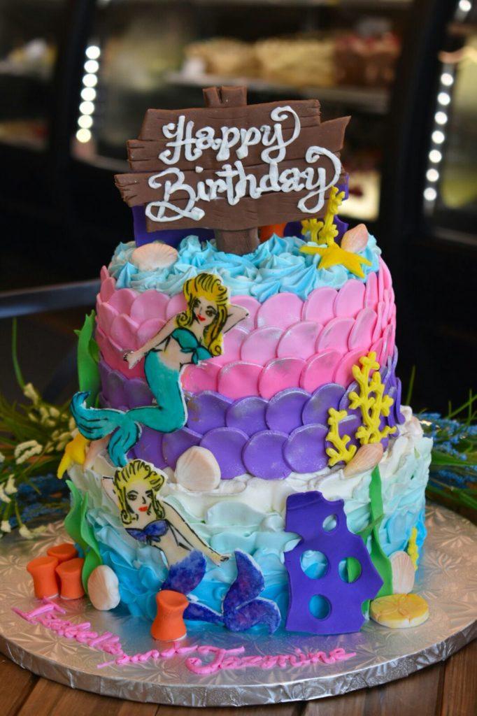 Bánh sinh nhật nàng tiên cá