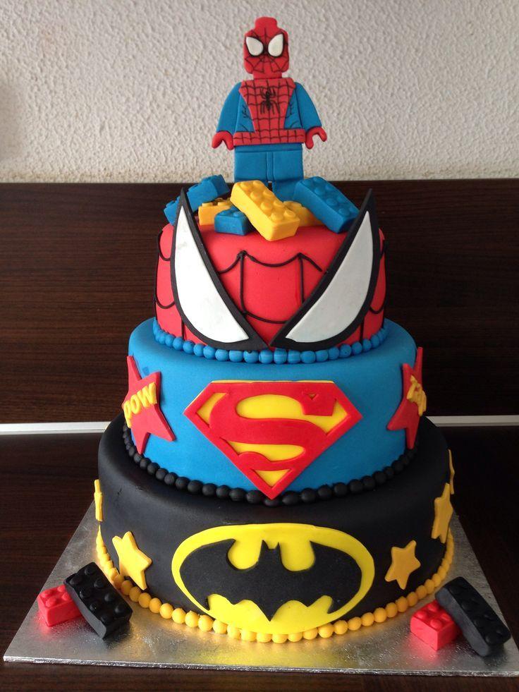 Bánh sinh nhật siêu anh hùng