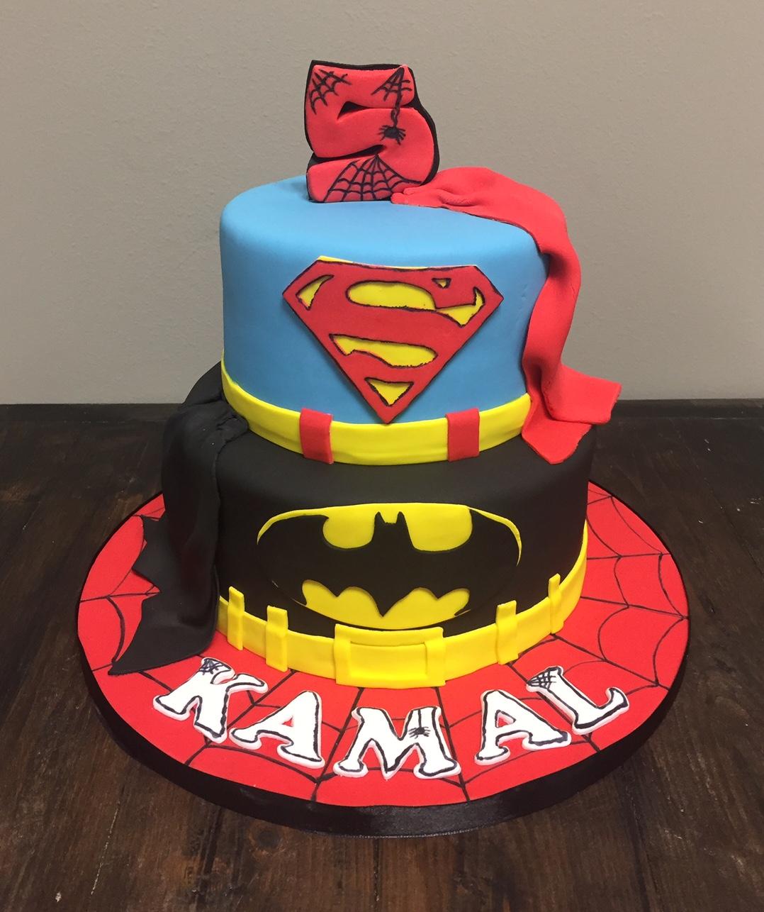 Bánh sinh nhật Superman