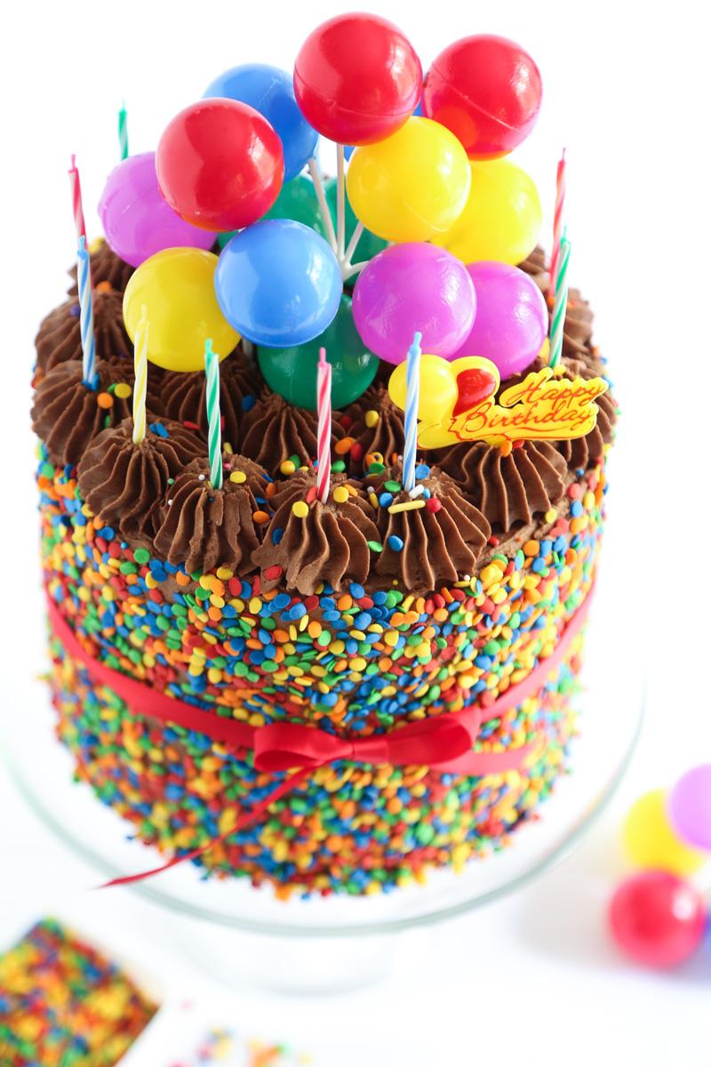 Bánh sinh nhật Up