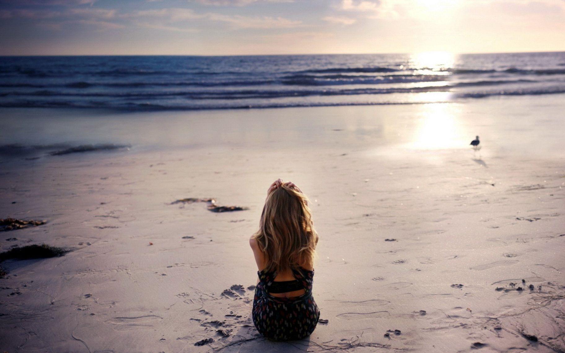 Hình ảnh cô gái cô đơn đẹp nhất