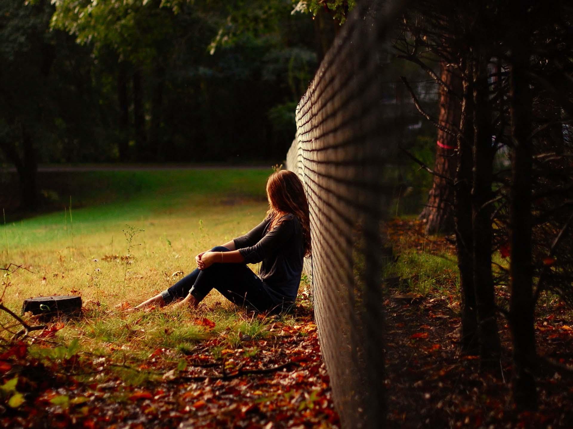 Hình ảnh girl cô đơn