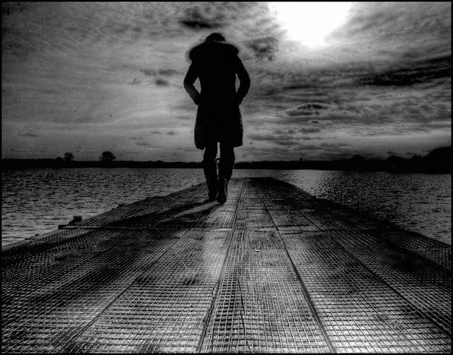 Hình cô đơn buồn chán