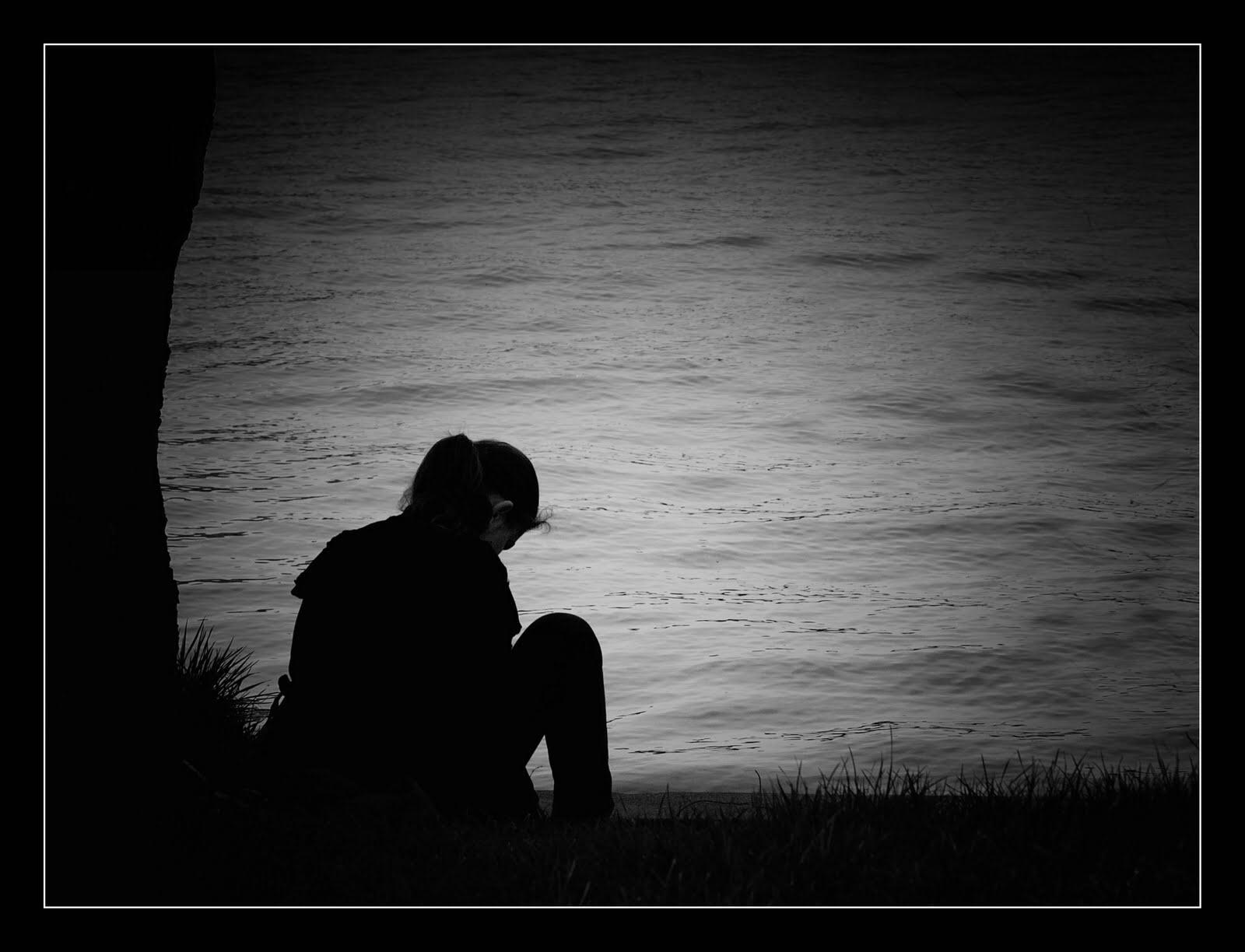 Những hình ảnh cô đơn một mình