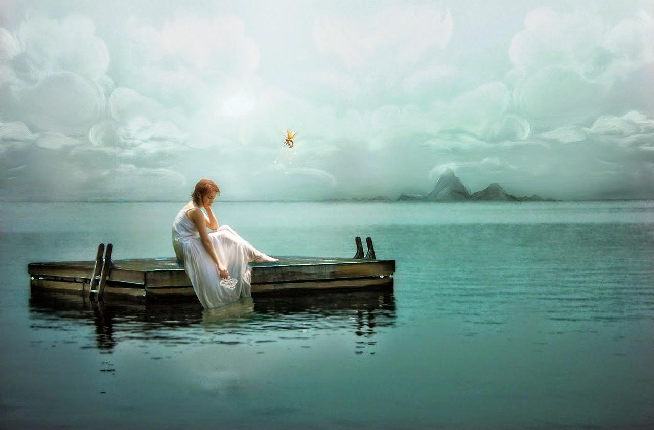 Cảnh biển buồn, cô đơn