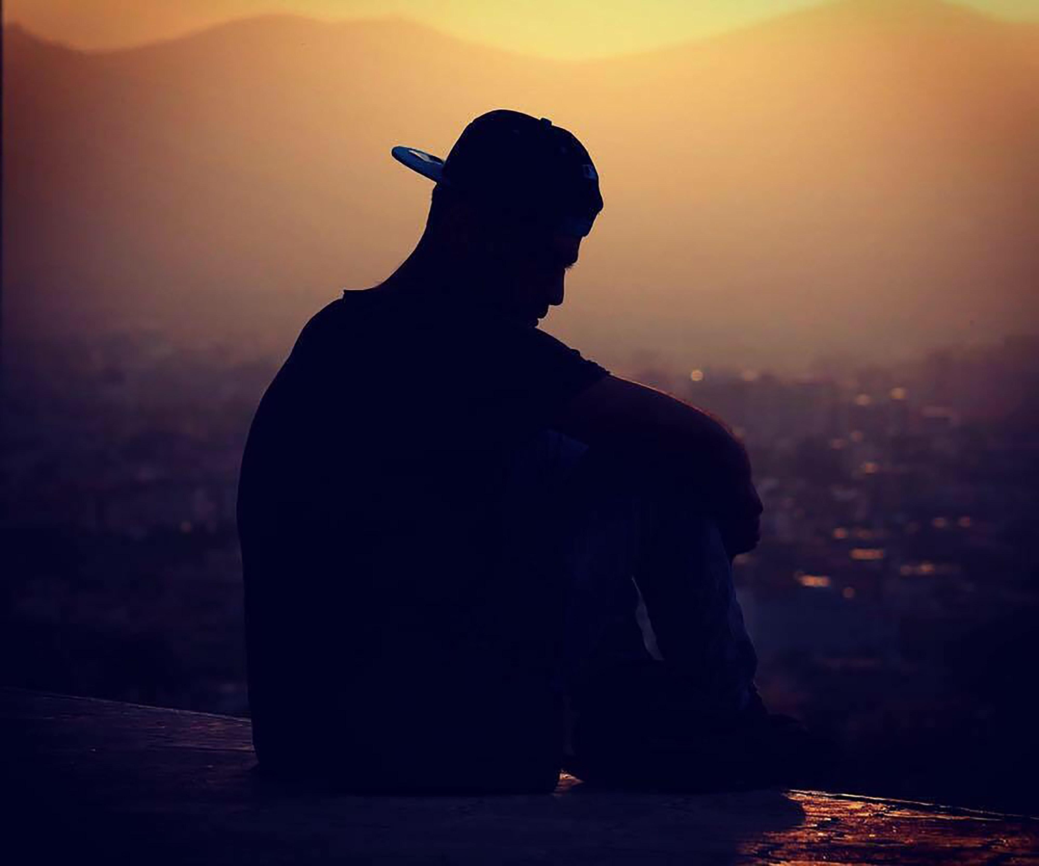 Tải hình ảnh buồn cô đơn đẹp nhất làm ảnh đại diện facebook