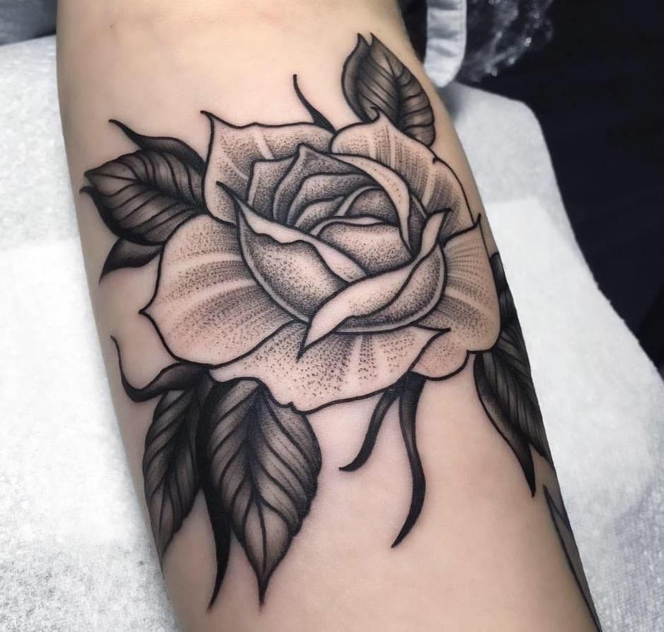 Những màu hình xăm hoa hồng đẹp nhất