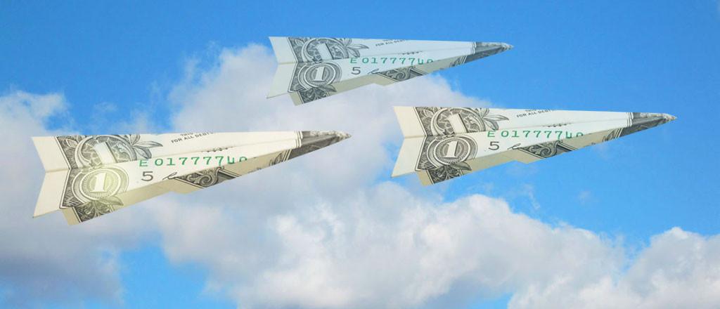 Ảnh máy bay xếp từ tiền đẹp