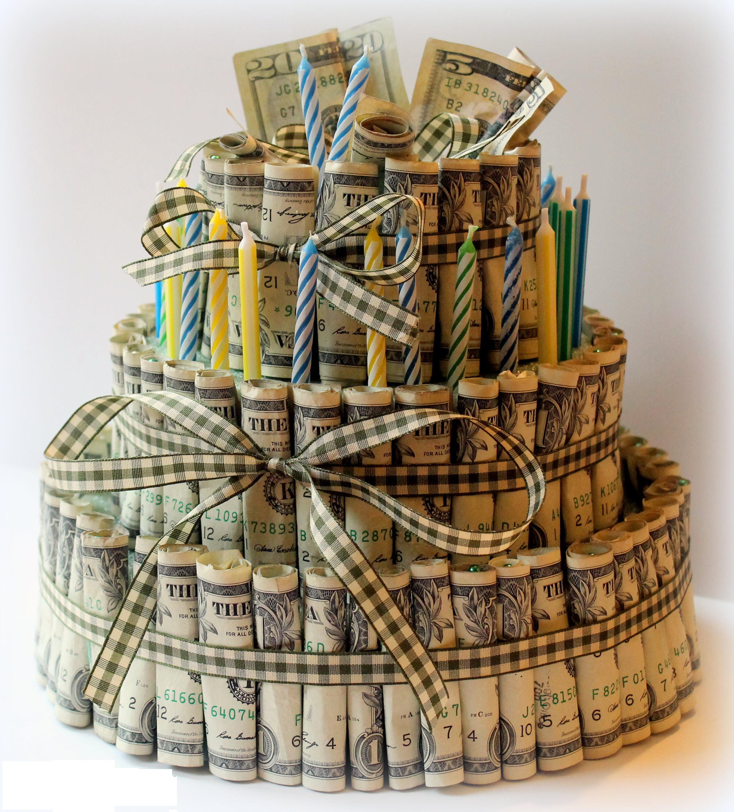 Hình ảnh bánh sinh nhật bằng tiền