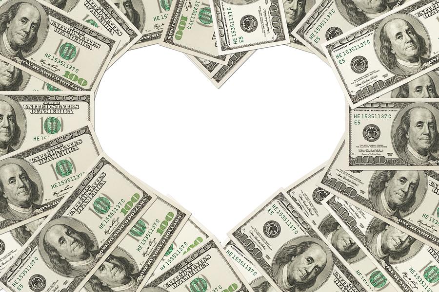 Hình ảnh tiền xếp hình trái tim