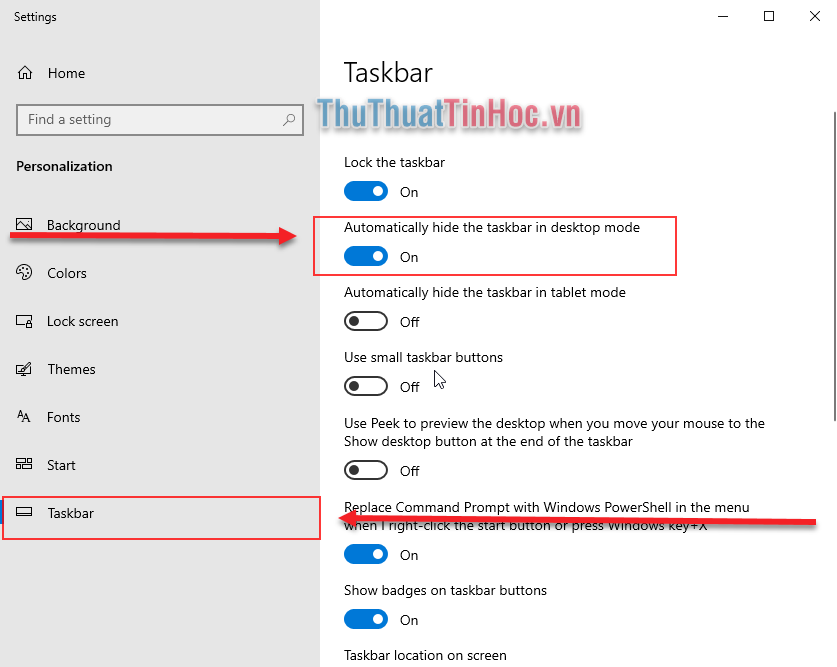 Gạt sang On tại mục Automatically hide the taskbar in desktop mode