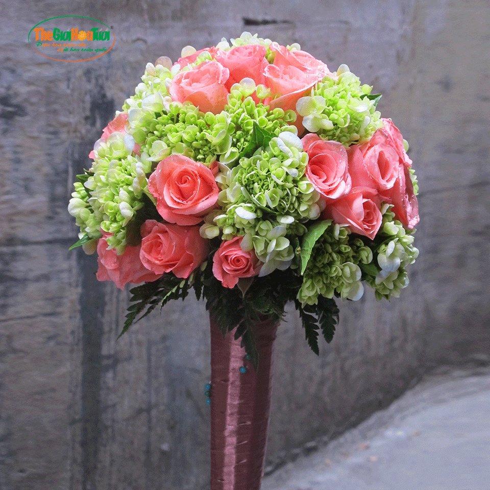 Bó hoa cô dâu cực đẹp
