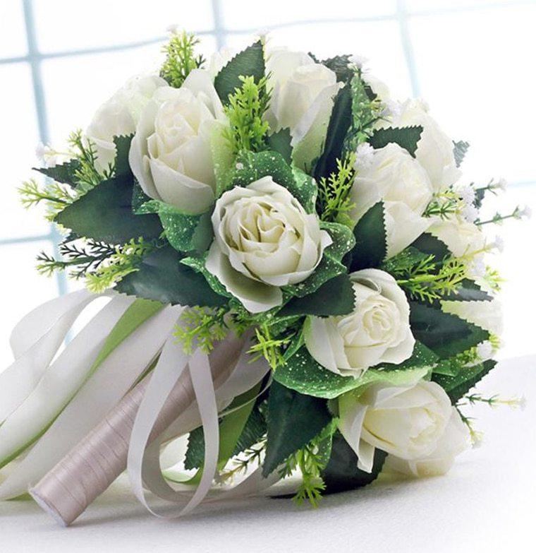 Bó hoa cưới cầm tay cô dâu đẹp nhất