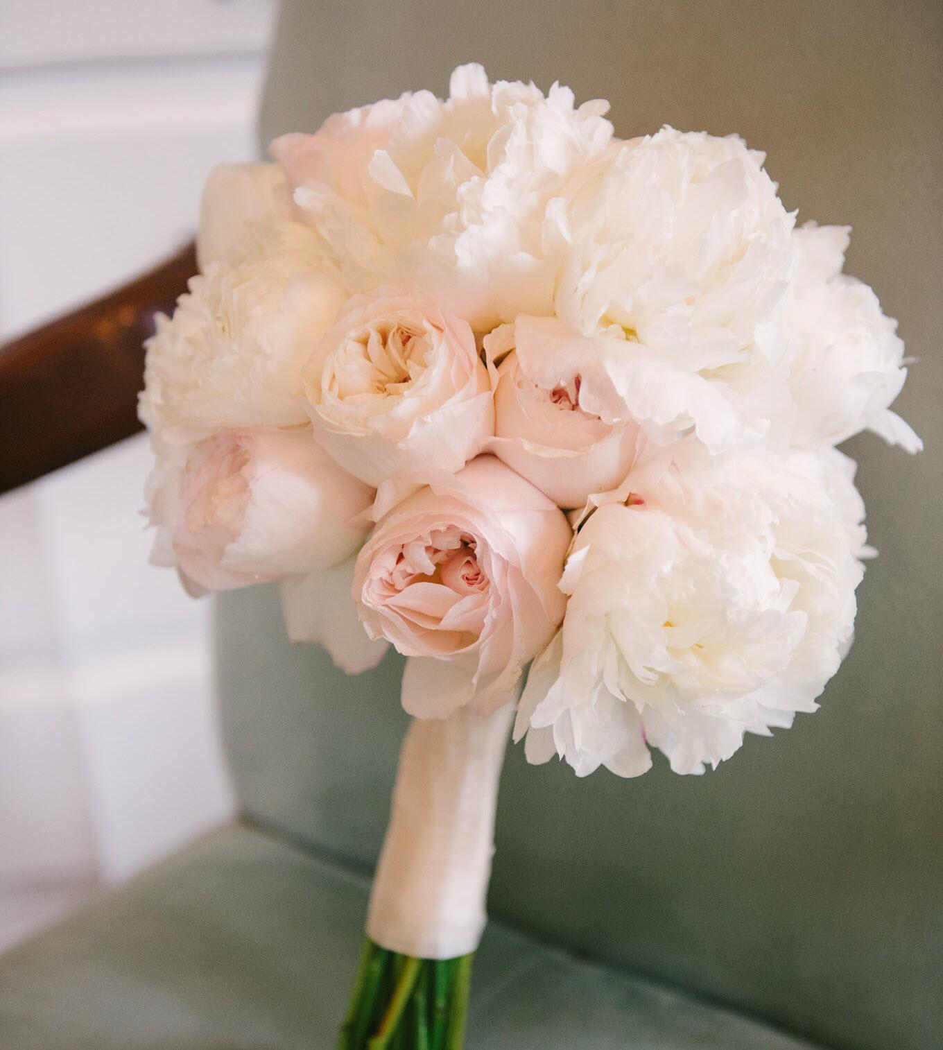 Bó hoa cưới đơn giản đẹp nhất