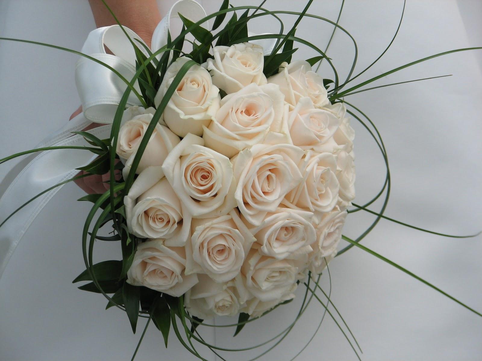 Hình ảnh hoa cưới cầm tay đẹp nhất
