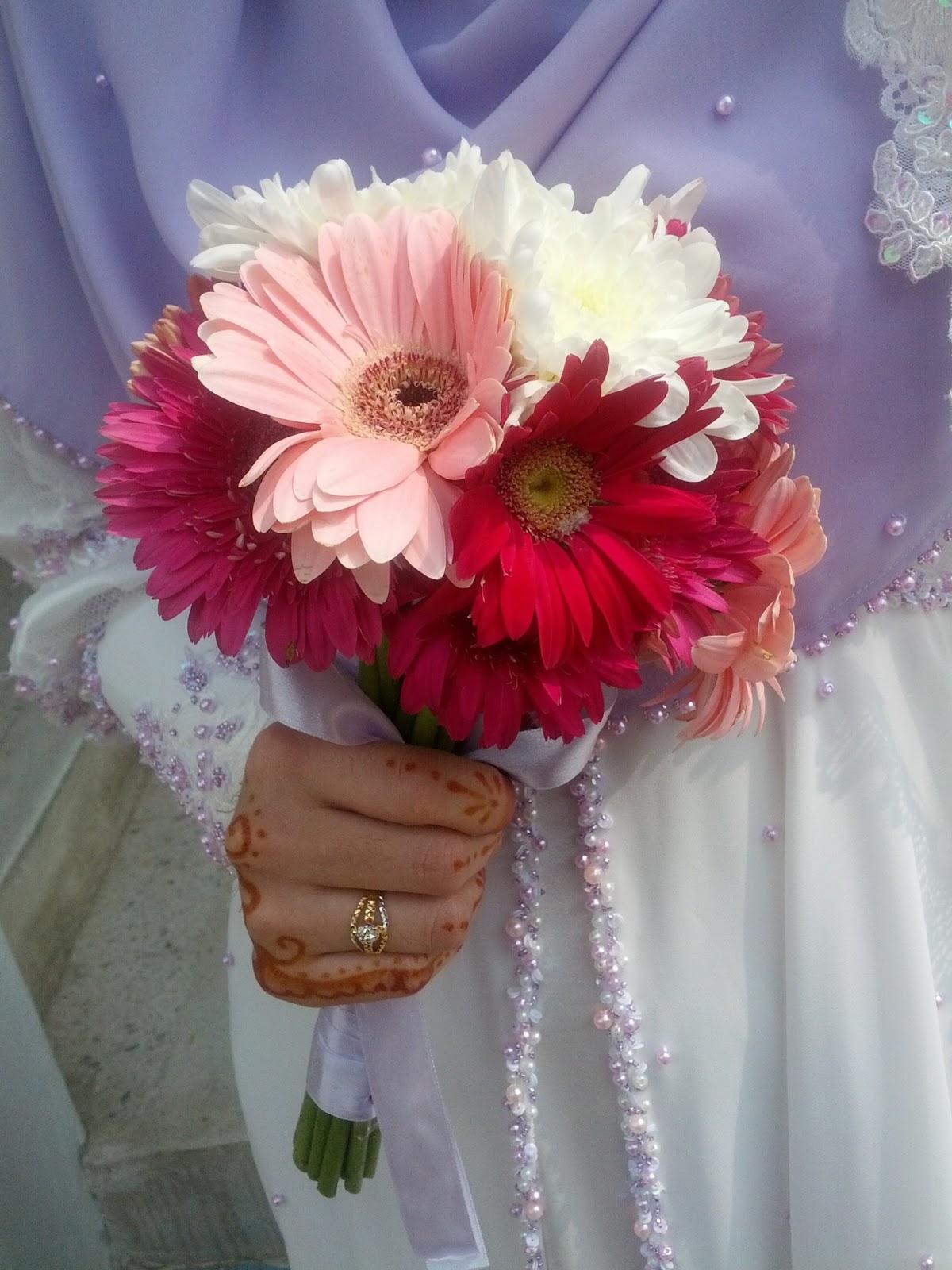 Hình hoa cưới cầm tay