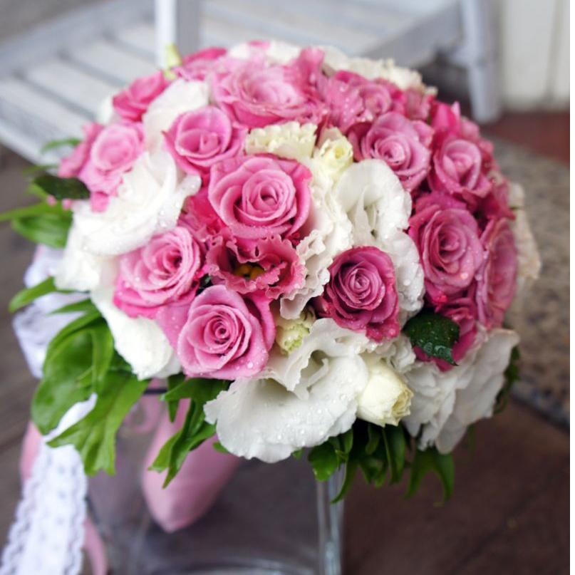 Hoa cầm tay ngày cưới