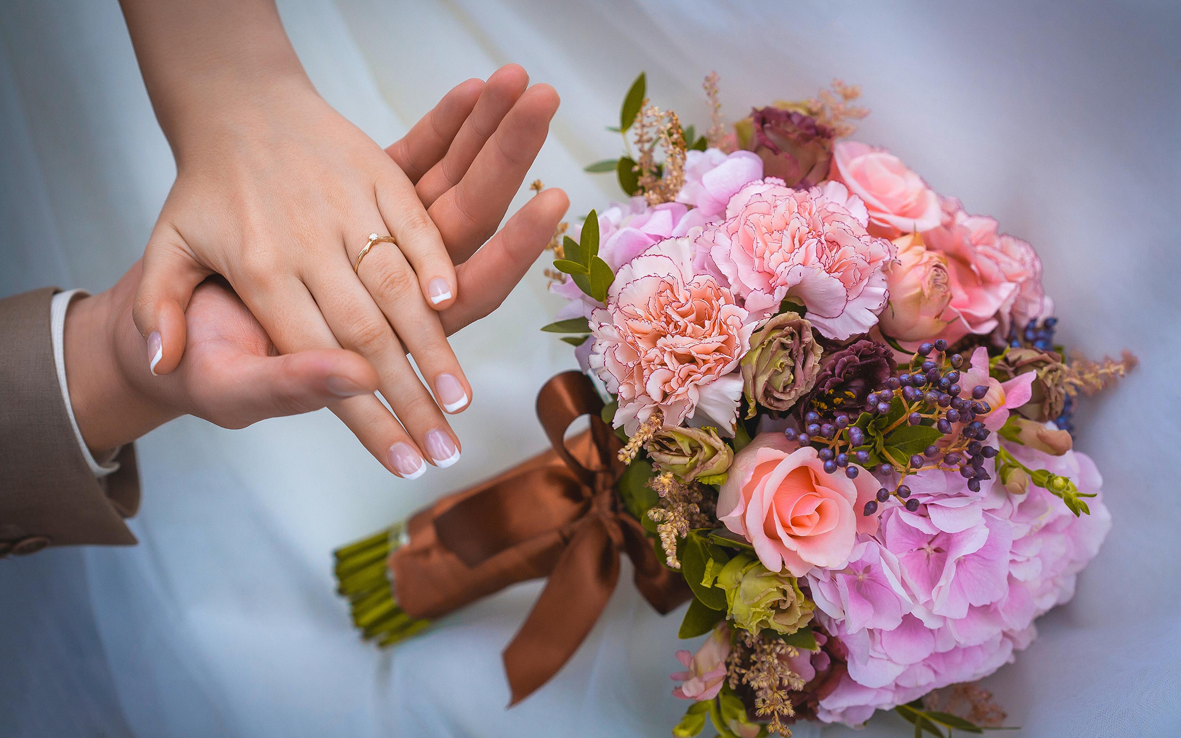 Mẫu bó hoa cưới cầm tay đẹp