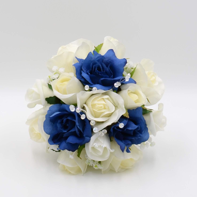 Mẫu hoa cưới cầm tay đơn giản