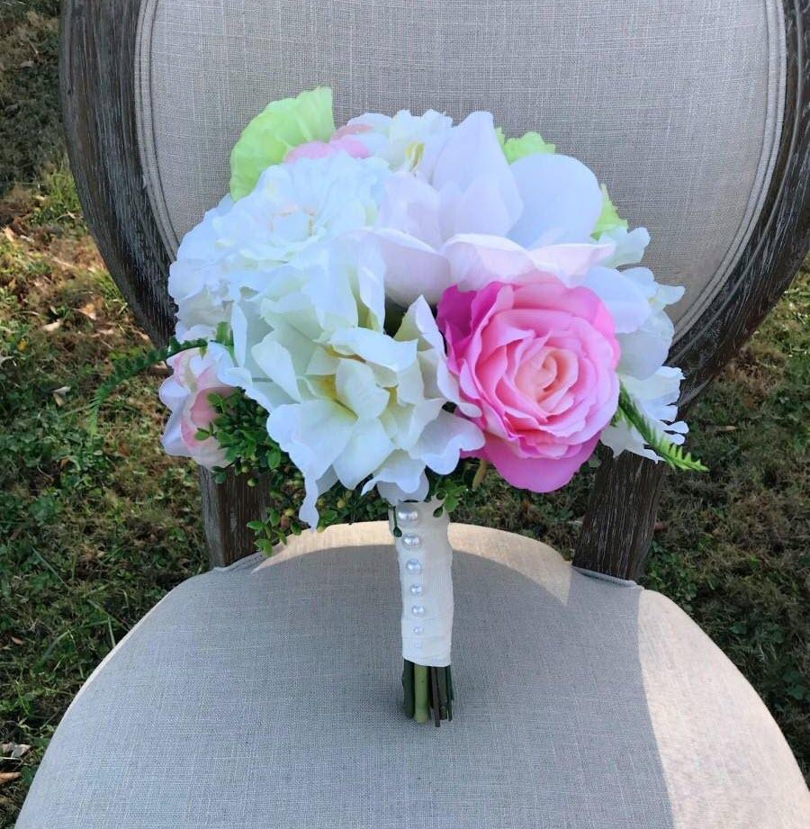 Mẫu hoa cưới đẹp cho cô dâu