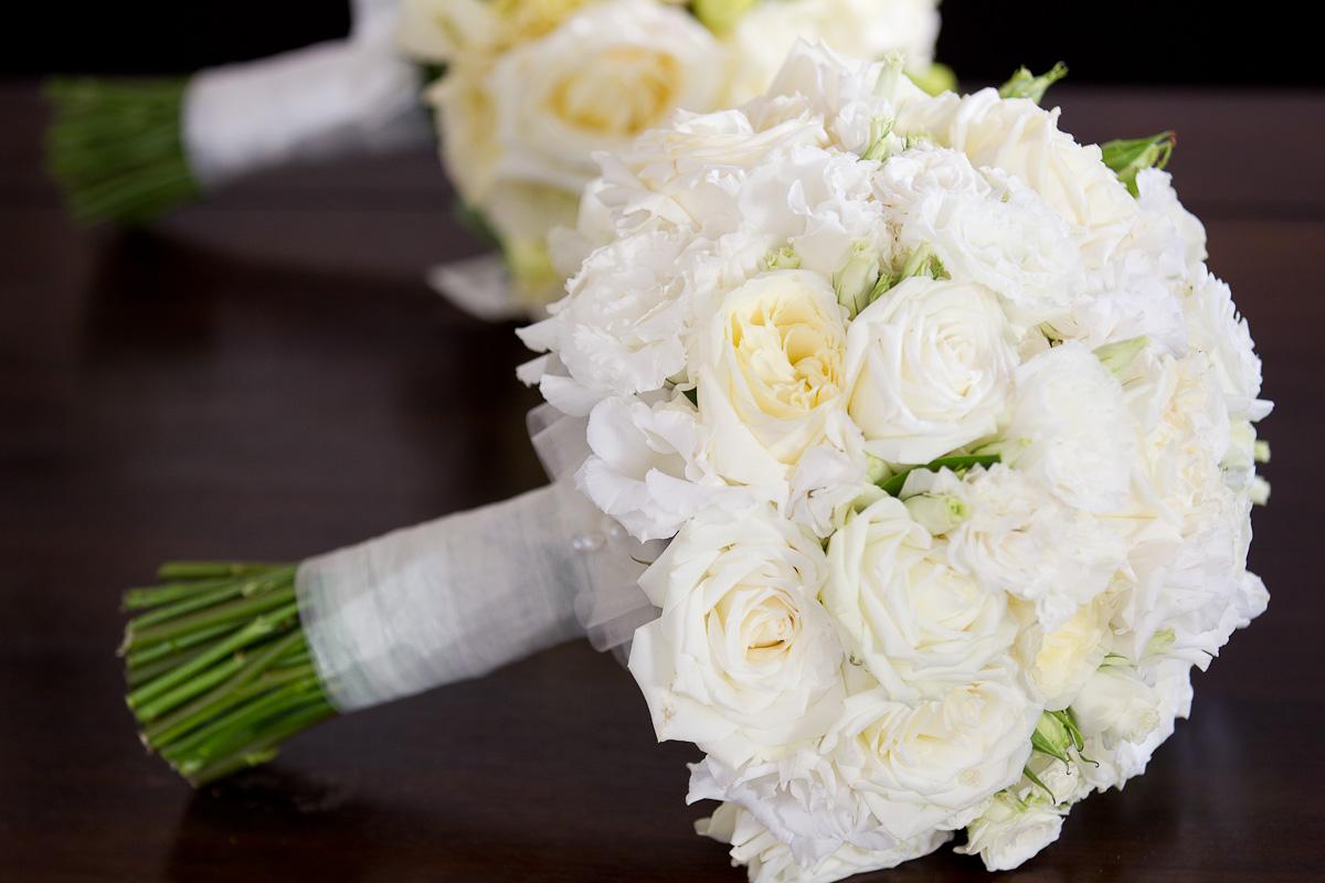 Mẫu hoa cưới màu trắng tinh khôi đẹp