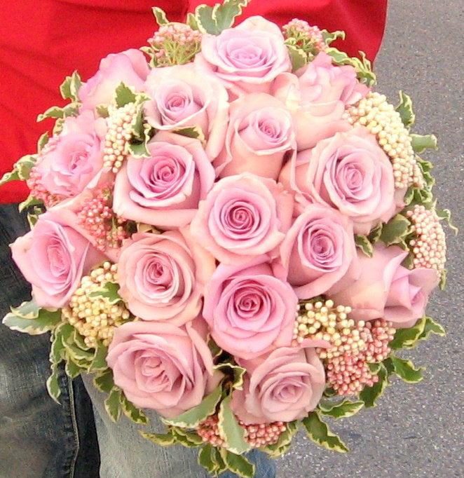 Những kiểu hoa cưới cầm tay đẹp nhất