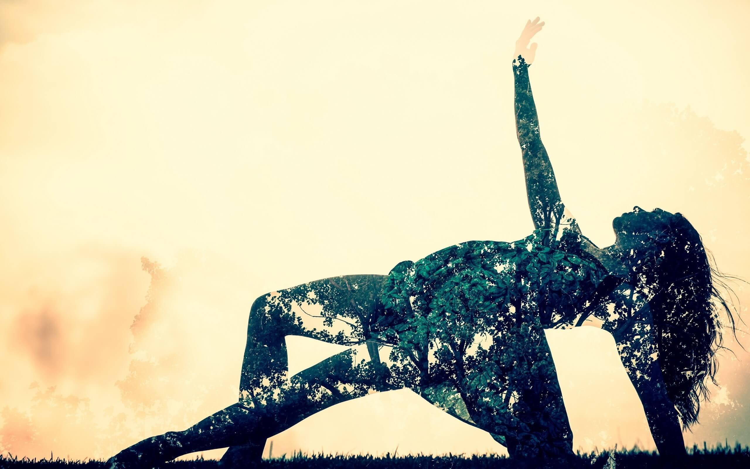 Ảnh nền nghệ thuật cô gái đang nhảy múa