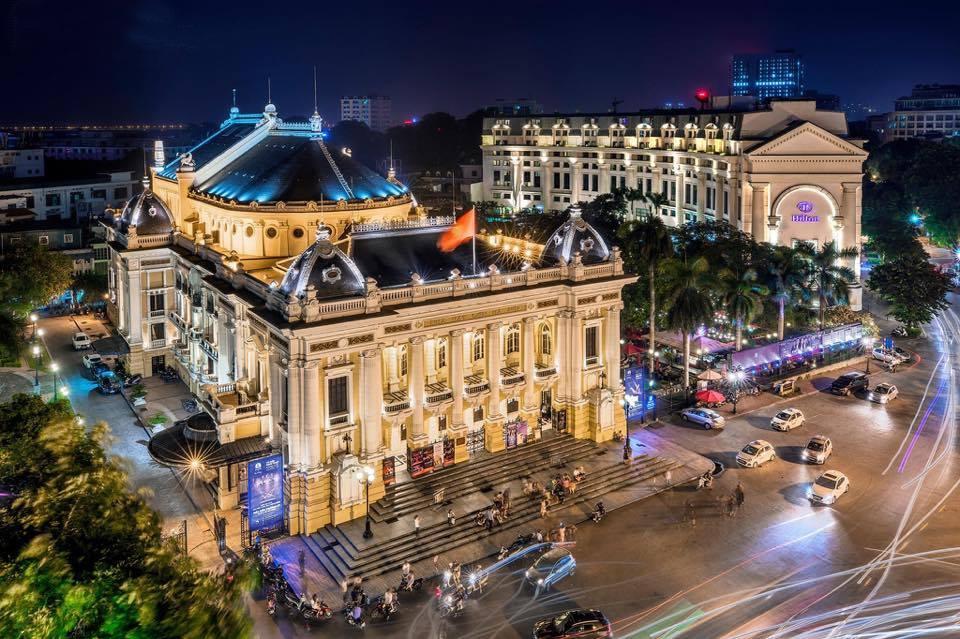 Hình ảnh nhà hát lớn Hà Nội về đêm đẹp