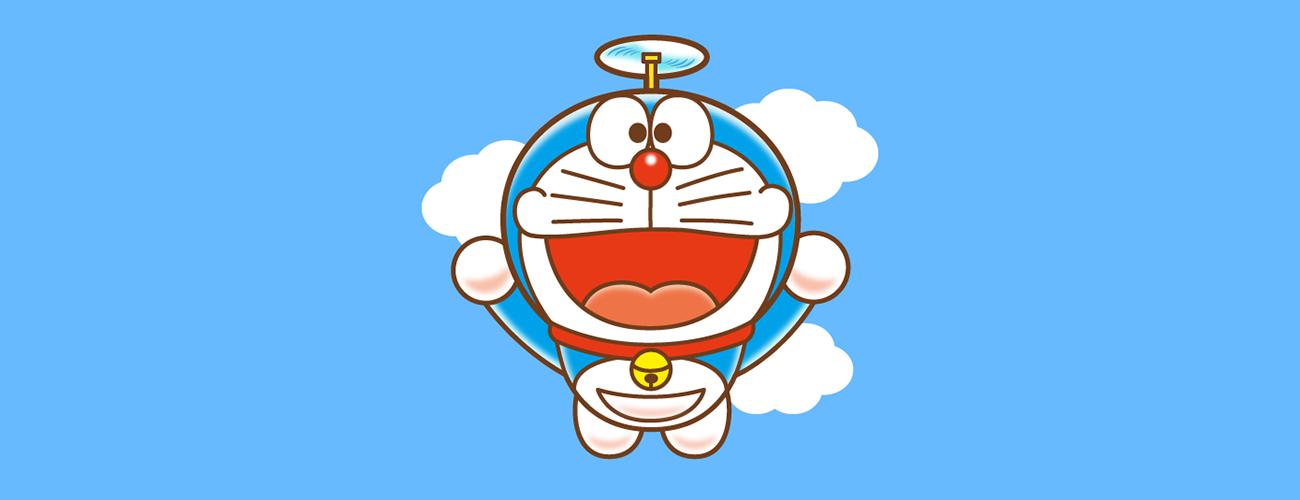 Chú mèo máy Doraemon bay giữa trời xanh mây trắng