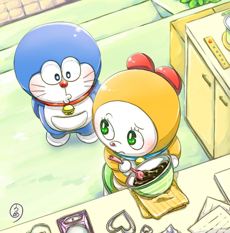 Hình mèo máy Doraemon với đứa em Doremi của mình