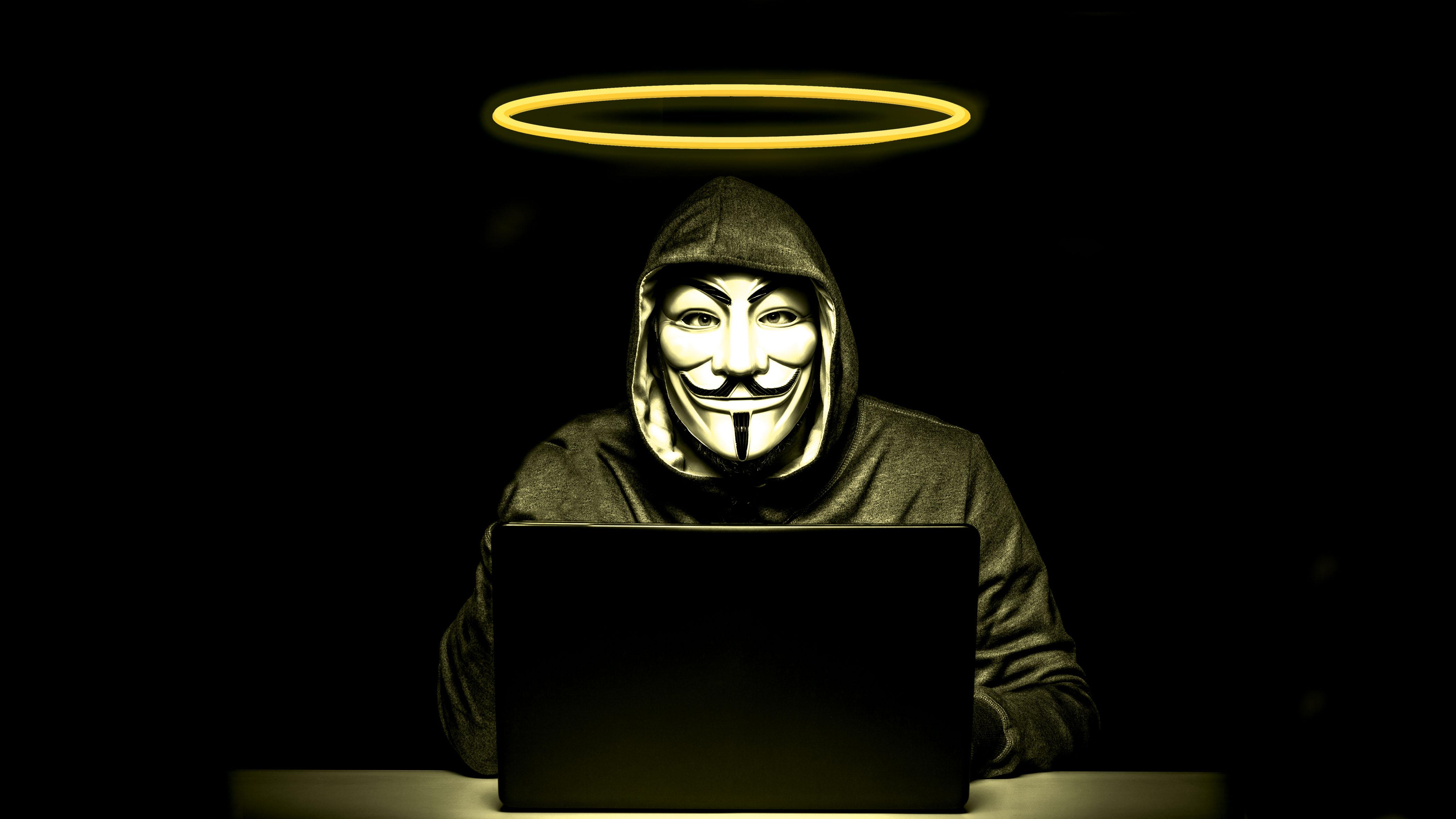 HÌnh ảnh Hacker vòng vàng trên đầu